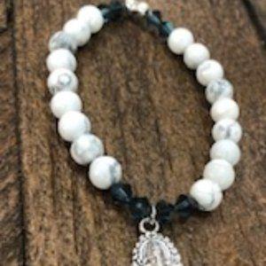 Howlite Bead Bracelet with Ganesha Charm
